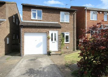 Thumbnail 4 bed detached house for sale in Picasso Place, Aylesbury