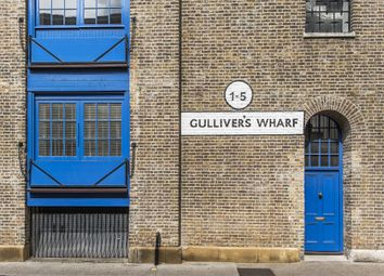 Thumbnail 2 bedroom flat for sale in Gullivers Wharf, Wapping