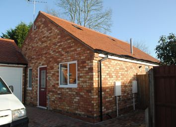 Thumbnail 2 bed bungalow to rent in Prospect Avenue, Rushden