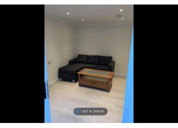 Thumbnail Room to rent in Pomfret Avenue, Luton
