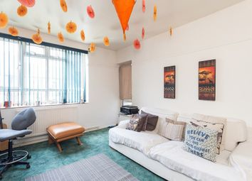 Thumbnail 2 bedroom flat for sale in Lancaster Court, Fulham Road