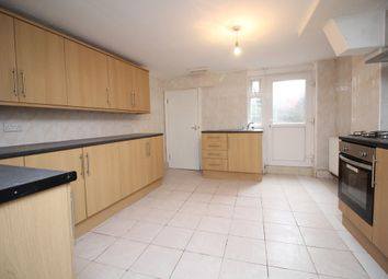 Thumbnail 5 bedroom end terrace house for sale in Raven Road, Hyde Park, Leeds