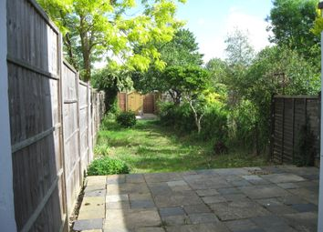 Thumbnail 2 bed detached house to rent in Gosbrook Road, Caversham, Reading