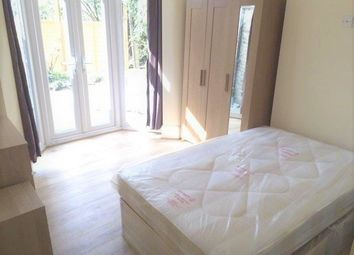 Thumbnail Studio to rent in Hedge Lane, Palmers Green
