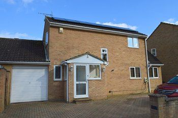 Thumbnail 4 bed detached house to rent in Fulham Close, Broadfield, Crawley, West Sussex