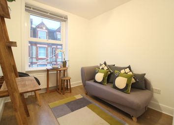 Thumbnail 3 bed flat to rent in Lidyard Road, Archway