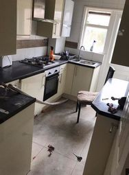 Thumbnail 5 bed maisonette to rent in Princes Avenue, London