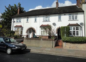 Thumbnail 2 bed flat to rent in Loring Road, Isleworth