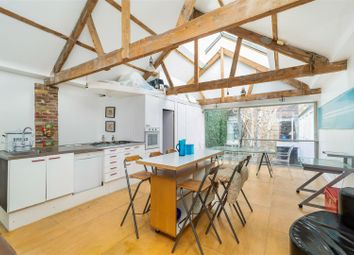 3 bed property for sale in Hill Court, Blackstock Road, London N5