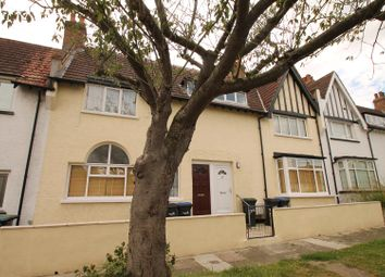 Thumbnail 2 bedroom flat to rent in Lytton Avenue, Palmers Green