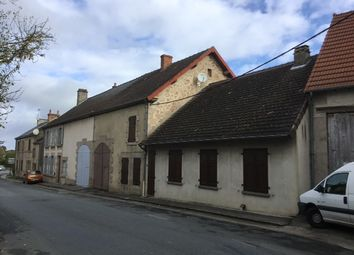 Thumbnail Country house for sale in Rue De Martin Nadau, Clugnat, Châtelus-Malvaleix, Guéret, Creuse, Limousin, France