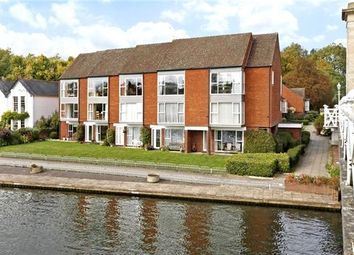 Thumbnail 2 bed flat to rent in Tierney Court, Riverside, Marlow, Buckinghamshire