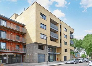 Thumbnail 2 bed flat to rent in Langdon Park, London