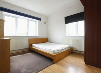 Thumbnail 4 bedroom shared accommodation to rent in Cornwall Street, London
