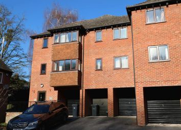 Thumbnail 2 bedroom flat to rent in Portway Drive, High Wycombe