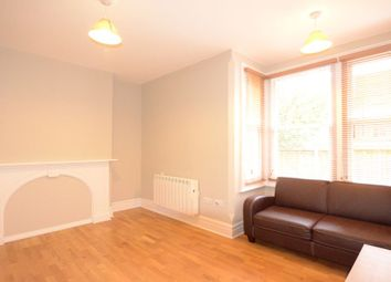 Thumbnail Studio to rent in Clarence Road, Windsor