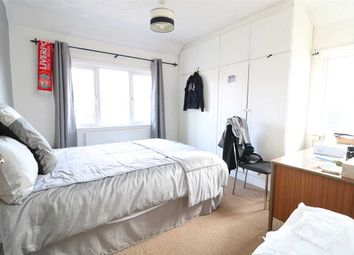 Thumbnail 4 bed flat to rent in London Road, Bedford