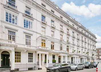 Thumbnail 1 bed flat to rent in Cadogan Place, Belgravia, London