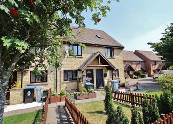 2 bed terraced house for sale in Farmington Drive, Deer Park, Witney OX28