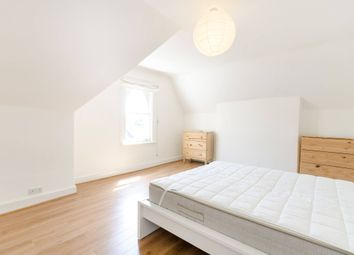 3 bed maisonette to rent in Charteris Road, Finsbury Park, London N4
