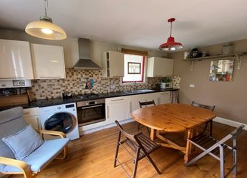 Thumbnail 3 bedroom flat to rent in Cantwell Road, London
