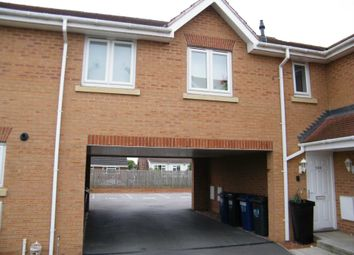 Thumbnail 1 bed flat to rent in Sunningdale Way, Gainsborough
