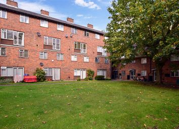 Thumbnail Flat for sale in Buxton Drive, London