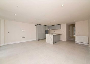 Thumbnail 3 bed flat for sale in Station Road, Finchley, London