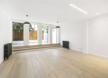 Thumbnail 2 bedroom flat for sale in Glengall Road, London