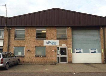 Thumbnail Warehouse to let in Unit 5, Robert Cort Industrial Estate, Reading