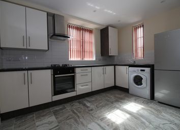 Thumbnail 3 bedroom flat to rent in High Street, Barwell