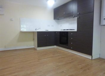 Thumbnail 1 bed flat to rent in Meadow Lane, Loughborough