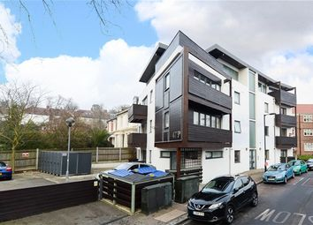 Thumbnail 1 bedroom flat for sale in Lordship Lane, London