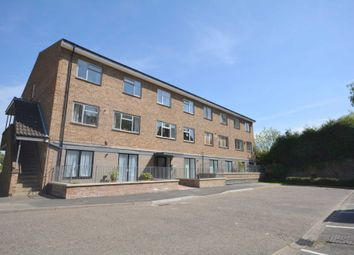 Thumbnail 1 bed flat to rent in Lindo Close, Chesham