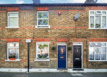2 bed cottage for sale in George Street, London W7
