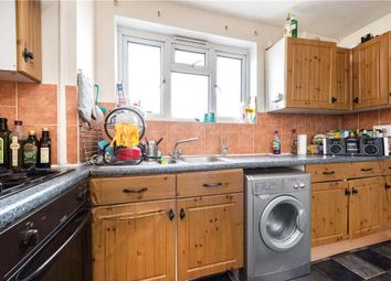 Thumbnail 3 bedroom flat to rent in Evelina Road, London