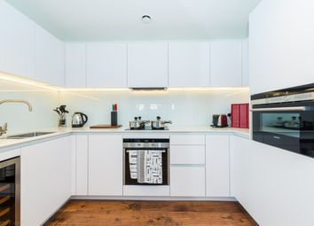 1 bed property to rent in Roman House, Wood Street, St Pauls EC2Y
