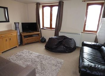 Thumbnail 2 bed flat to rent in Cussies Row, Petersfield Road, Midhurst