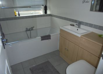 Thumbnail 2 bed bungalow to rent in Mapletree Ave, Waterlooville