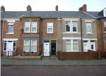 Thumbnail 3 bedroom flat to rent in Eastbourne Avenue, Gateshead