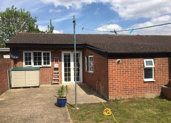 Thumbnail 2 bedroom flat to rent in Great West Road, Hounslow
