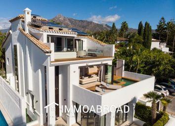 Thumbnail Property for sale in Marbella, Málaga, Spain