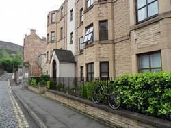 Thumbnail 2 bed flat to rent in St. Leonards Lane, Edinburgh