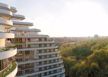 Thumbnail 1 bed flat for sale in Camellia House, London
