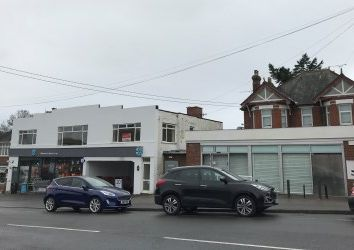 Thumbnail Retail premises to let in Poole Road, Upton, Poole