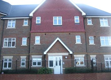 2 bed flat to rent in Gravelly Field, Ashford TN23