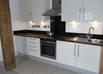 Thumbnail 1 bed flat to rent in Hick Street, Bradford