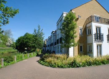 Thumbnail 5 bed terraced house for sale in Grand Union Way, Kings Langley, Hertfordshire