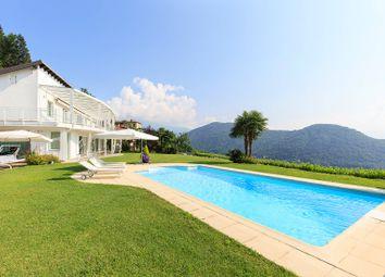 Thumbnail 4 bed villa for sale in Cadegliano-Viconago, Varese, Lombardia