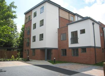 Thumbnail 2 bed flat to rent in Bell Street, Maidenhead